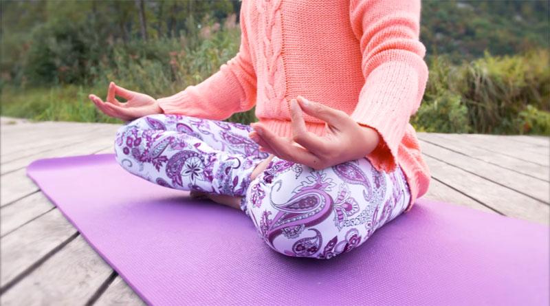 Le yoga invite à vivre dans le présent
