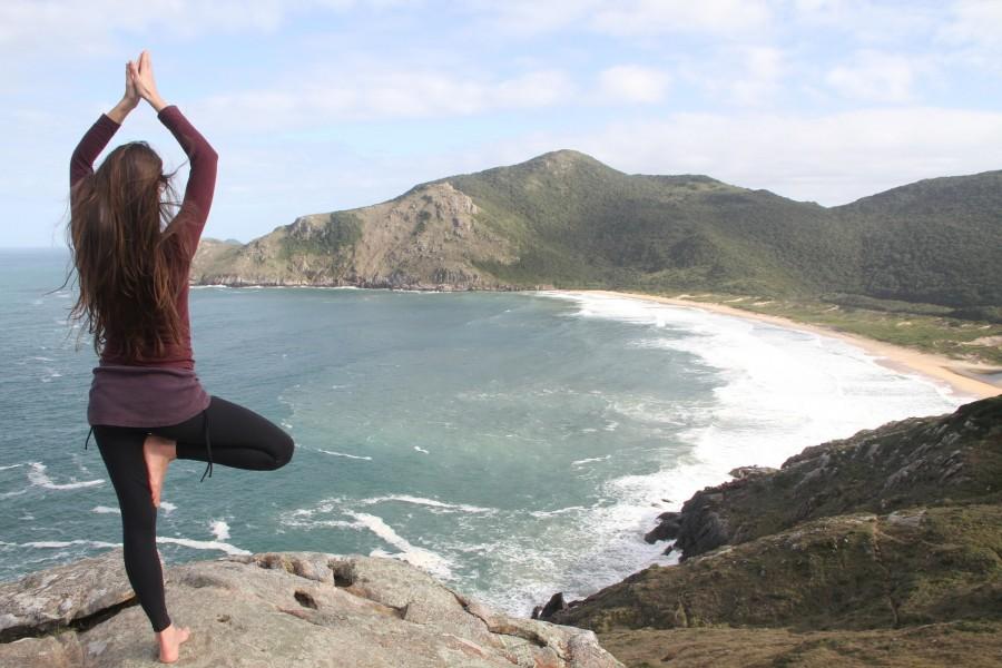 Une séquence yoga pour continuer à pratiquer cet été