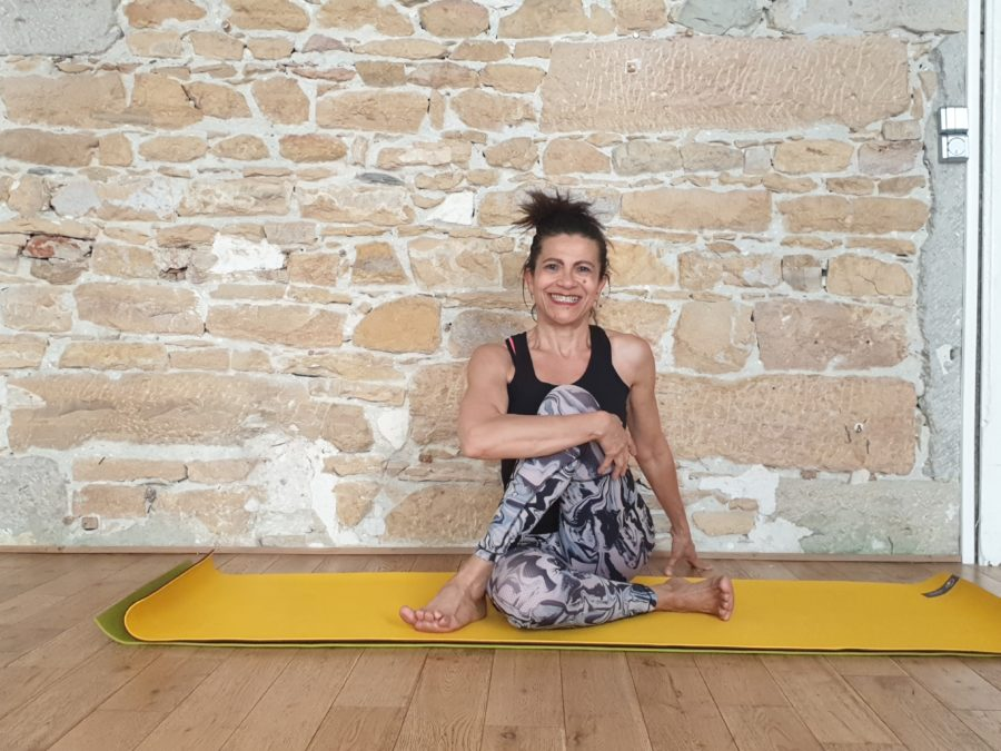 Lumière sur Milana, professeure de yoga partenaire d'Orezen